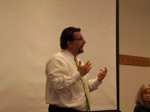 Ian Paregol, Moderator